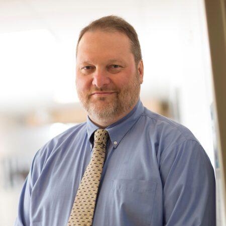 Profile Picture of Robert Kirsch.