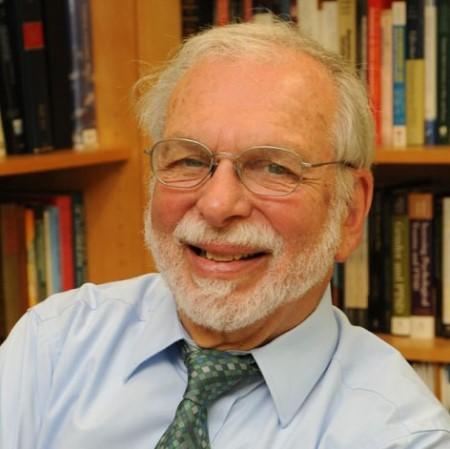 Profile Picture of Matthew J Friedman.