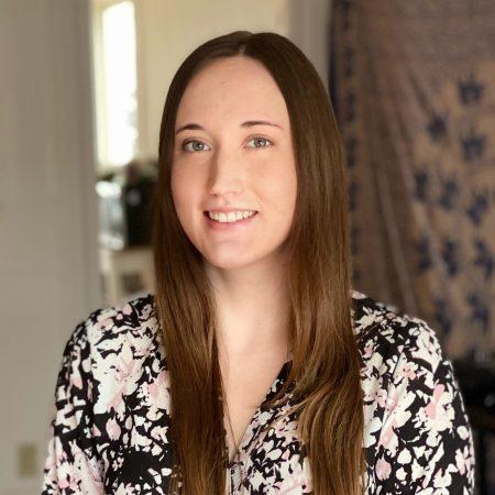 Profile picture of Amy Harmon